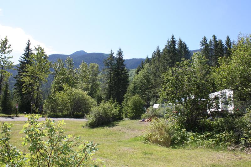 Mahood Lake campsite