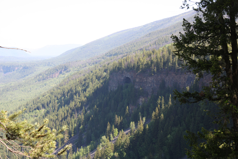 11 km Shaden cave