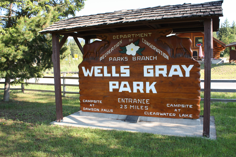 0 km Wells Gray Park restored heritage sign